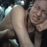 【ゲイ動画】痴漢バスに乗車してしまったイケメンリーマン、オラオラ系筋肉兄貴に囲まれ、裸ネクタイ姿で集団レイプされるハメに!