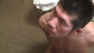 【ゲイ動画ビデオ】夜這いに来た短髪筋肉野郎を拘束したけど、テライケメンだったからレイプを許しちゃった筋肉マッチョイケメンw