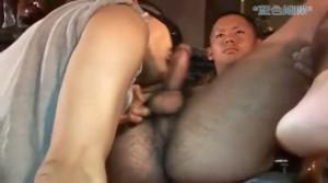 【ゲイ動画】高校球児のような短髪のガチムチ筋肉イケメンが、プールではしゃいでからのハードアナルファック!
