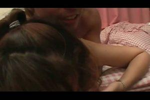 【ゲイ動画】やんちゃ系スリムイケメンのノンケセックス! ギャルママとハメ撮りしまくり巨根生ファック!