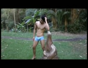【ゲイ動画ビデオ】超絶ガチガチ筋肉系イケメン、大砲級巨根を見せつけオナニー!
