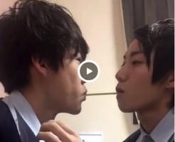 【Vine動画】ジャニーズ系イケメンがポッキーキスから本気キスになるってBL漫画だけじゃないんだ♪