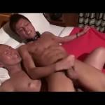 【ゲイ動画】強面筋肉マッチョ坊主イケメンがスジ筋イケメンの友達を呼び出し貪欲ハードファック!