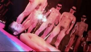 【ゲイ動画ビデオ】筋肉巨根イケメンを拘束具で縛って鞭と蝋燭でマッチョ兄貴達が完全SM調教!