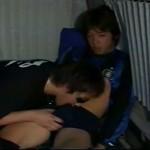 【ゲイ動画】ノンケのイケメンを車中に連れ込んでフェラチオ! 緊張してても巨根はビンビンに!