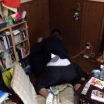 【Vine動画】ぽっちゃりガチムチDKが親友の上に乗って腰を振ってる……?