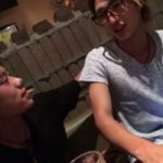 【Vine動画】やんちゃ系筋肉イケメンとジャニーズ系眼鏡美青年が居酒屋でガチキッス♪
