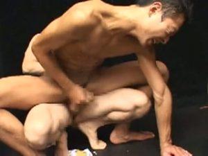 【ゲイ動画】二人の細マッチョイケメンのダブル受け輪姦ファック!「ザーメン頂戴!」とトロ顔で隠語連発!