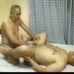 【ゲイ動画】ガチムチ熊親父とぼっちゃりじいちゃんのスロー巨根セックス♪ 丁寧な尺八こそダディゲイファックファンタ爺!