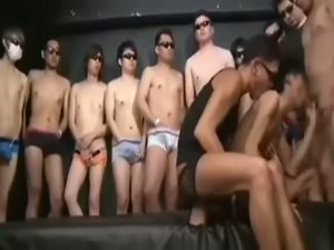 【ゲイ動画】ジャニーズ系細マッチョイケメンの口とケツマンが開きっぱなしの一時間! ハードすぎる輪姦ファックにイケメンのトロ顔へザーメンぶっかけ!