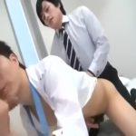 【ゲイ動画】ジャニーズ系筋肉フレッシュマンの社員研修!二人の筋肉イケメン先輩の巨根をケツ穴、お口に入れてもらって締めつけ具合を確かめます!