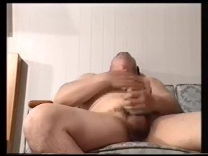 【ゲイ動画】ガチムチマッチョ親父、髭熊中年ダンディたちのセックス事情! 巨根オナニーで見せるトロ顔、生本番で魅せるイキ顔!