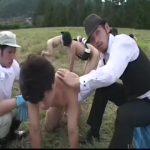 【ゲイ動画】ゲイ牧場にはジャニーズ系美少年が放逐されていて、毎日真崎航様が巨根を扱いて新鮮なザーメンミルクを絞ります!