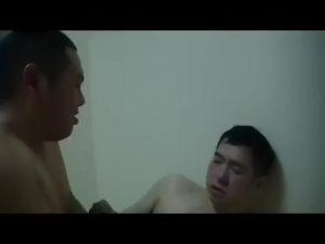 【ゲイ動画】筋肉イケメンも中年ハゲダンディオヤジも渾然一体となって和気あいあい乱交ゲイセックス! アナルがラヴィアンローズに広がる!