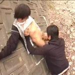【ゲイ動画】白昼の公園でフェラチオに挑戦するジャニーズ系スリム美少年とスリ筋イケメン! ねっとり絡みつくようなバキュームフェラで美少年の巨根は極限フル勃起!