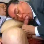 【ゲイ動画】親父だってゲイセックスがしたい! 眼鏡のぽっちゃり系中年リーマン二人の粘着質なフェラ、キス、アナル舐め前戯、そして正常位でのまったりピストン!