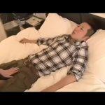 【ゲイ動画】AV男優のプライベートセックス! 筋肉イケメンとのセックスを、ハメられる女の子が撮影!