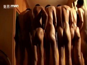 【ゲイ動画ビデオ】セレブの優雅なちんこ遊び♪ アジア系な筋肉イケメンたちが細マッチョ野郎たちを集めて拘束し、バックから巨根で抽送!