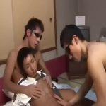 【ゲイ動画】呼び出した筋肉童顔イケメンK察官を拉致して3Pファックで掘りまくる二人の筋肉鬼畜ゴーグルマン!