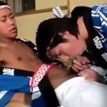 【ゲイ動画】祭りのテンションでそのままゲイセックス! 法被にねじり鉢巻きをしたEXILE系筋肉美少年がちんぐり返し種付けプレスピストンで巨根を抜き差し!