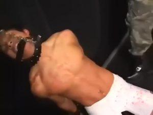 【ゲイ動画】EXILE系童顔筋肉イケメン君を二人の男がスパンキングでオラオラ調教! イマラチオに立ちバック蝋燭責めなどハードプレイの連続!