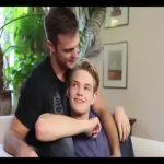 【ゲイ動画】甘すぎるううっ♪ スリ筋イケメン外人のスウィーツないちゃつき、そして巨根を根元までねじ込んで愛を確かめ合う激震BLエッチ♪