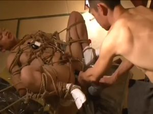 【ゲイ動画】和室、和服には荒縄亀甲縛りがよく似合う! 任侠筋肉兄貴に浣腸拷問され、被虐心が開花するマッチョイケメン!