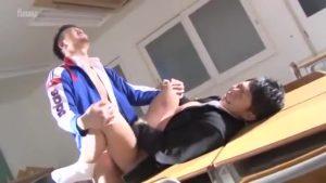 【ゲイ動画】進級が危ういやんちゃ系筋肉イケメンくんには体育マッチョ教師が巨根で進級試験を受けさせます!