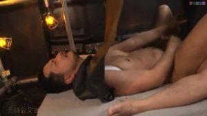 【ゲイ動画】顔と肉体を布で覆ってセックスをするとモロ感に! 筋肉マッチョイケメンは大興奮で中イキ射精!
