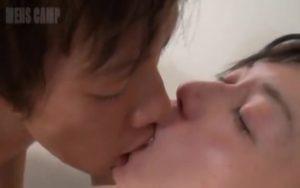 【ゲイ動画ビデオ】ジャニーズ系スリ筋美少年とEXILE系美青年のベロチューセックスはねっとりしてて気持ちがいい♪