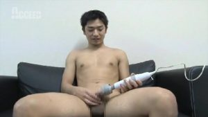 【ゲイ動画】ノンケの筋肉マッチョイケメンが、電マを使ってオナニーチャレンジ! テニスで鍛えた筋肉とちんこから、ザーメン炸裂!