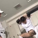 【ゲイ動画】試合で負けた腹いせに筋肉イケメン先輩が後輩を亀甲縛りにして巨根千本ノック!