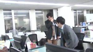 【ゲイ動画ビデオ】やんちゃなEXILE系スジ筋イケメンが時間を止めるアプリを手に入れたら、筋肉イケメンリーマン二人のアナルが大ピンチ!