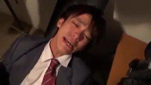 【ゲイ動画ビデオ】級友たちからケツマンを掘られているジャニーズ系スリ筋美少年DKが、先輩の命令でアナルをがっつり奪われる!
