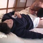 【ゲイ動画】かっこ良すぎるスジ筋イケメンがちんぽはみ出させながらトレーニングしてたら、デカチン挿入の本番したくなるのは当たり前!
