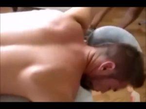 【ゲイ動画ビデオ】筋肉マッチョな髭イケメン外国人中年の巨根をまったりマッサージしてアヘアヘさせる施術企画!