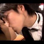【ゲイ動画】ジャニーズ系スリ筋美少年が優しく言葉責めをしながら筋肉イケメン客のアナルを舐め、巨根をねじ込んでくれるバーは実在した!
