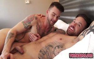 【ゲイ動画ビデオ】全身タトゥーのかっこ良すぎる髭筋肉イケメン外国人が、和やかムードのまま巨根をケツマンにぶちこむ朗らかエッチをしちゃう!