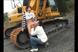 【ゲイ動画ビデオ】33歳のガチムチイケメンサラリーマンとスリ筋イケメンが遊園地デート。野外フェラ、巨根を絡め濃厚ファック!