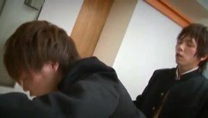 【ゲイ動画ビデオ】親友のパンツをくんかくんかしてたジャニーズ系スリ筋美少年DK。スリ筋イケメンの親友に見つかってベロキス、BLエッチにハッテン♪