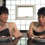 【ゲイ動画】ジャニーズ系スリ筋美少年がイチャイチャしながら裸エプロンでご飯を作って、セックスを堪能するという夢のような企画www