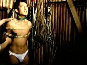 【ゲイ動画ビデオ】レンタル奴隷は如何? 電話で呼び出された筋肉イケメンくんを、スジ筋イケメンやガチムチマッチョ美青年が輪姦SMファック!