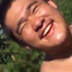 【ゲイ動画】ぽっちゃりマッチョなイケメンくんは、性欲旺盛だから野外オナニー、フェラでも巨根がフル勃起しちゃう!