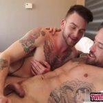 【ゲイ動画】髭の筋肉イケメン外国人がディープキスから激しいエッチにハッテン! 滅茶苦茶楽しそうなセックスにほっこり♪