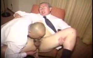【ゲイ動画ビデオ】おじさまだって性欲ビンビン! 中年、老年イケオジたちが反り返った巨根で使い込んだケツマンをズンズン掘削!