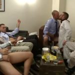 【ゲイ動画】スジ筋イケメンやクマ系イケオジ、ガチムチマッチョ中年外国人たちが集まって巨根を扱き顔にぶっ掛ける宴が始まる!