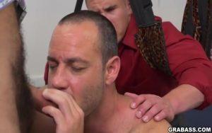 【ゲイ動画ビデオ】ワガママすぎる筋肉マッチョイケメン社長を制裁ファックで輪姦するスジ筋社員外国人たち!