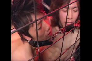 【ゲイ動画ビデオ】首輪を付けたジャニーズ系スリ筋美少年の二人にBLセックスをさせ、巨根を二人でフェラさせるオラオラ系ご主人様の調教!