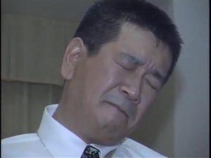 【ゲイ動画ビデオ】普通の中年親父がスーツの上から亀甲縛りされて3Pファックに悶える姿がすっげーエロいんだがwww
