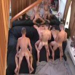 【ゲイ動画】広い部屋で行われる、筋肉マッチョイケメンの六人乱交パーティーはビンビン巨根をみんなで舐め合う野獣セックスの連続!